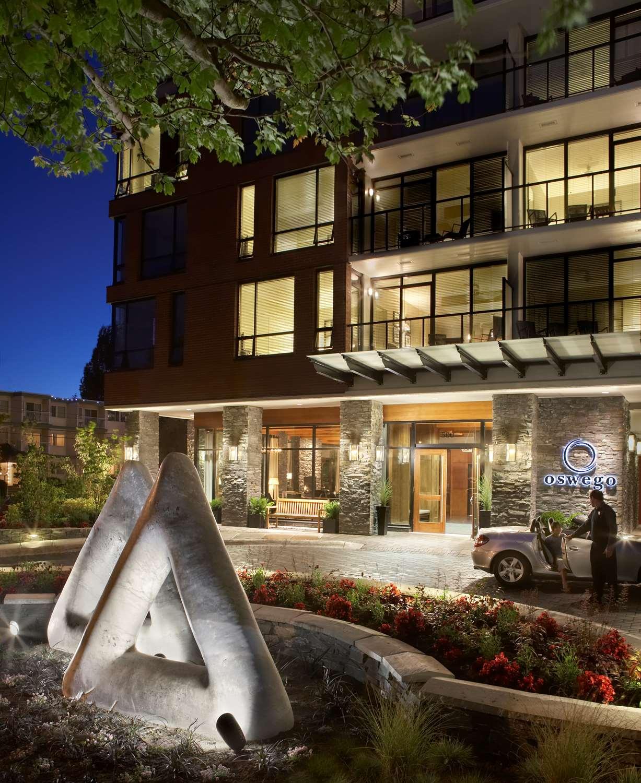 Exterior view - Oswego Hotel Victoria