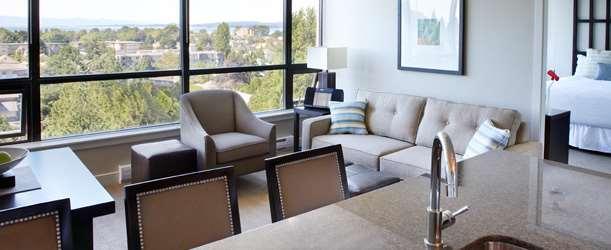 Suite - Oswego Hotel Victoria