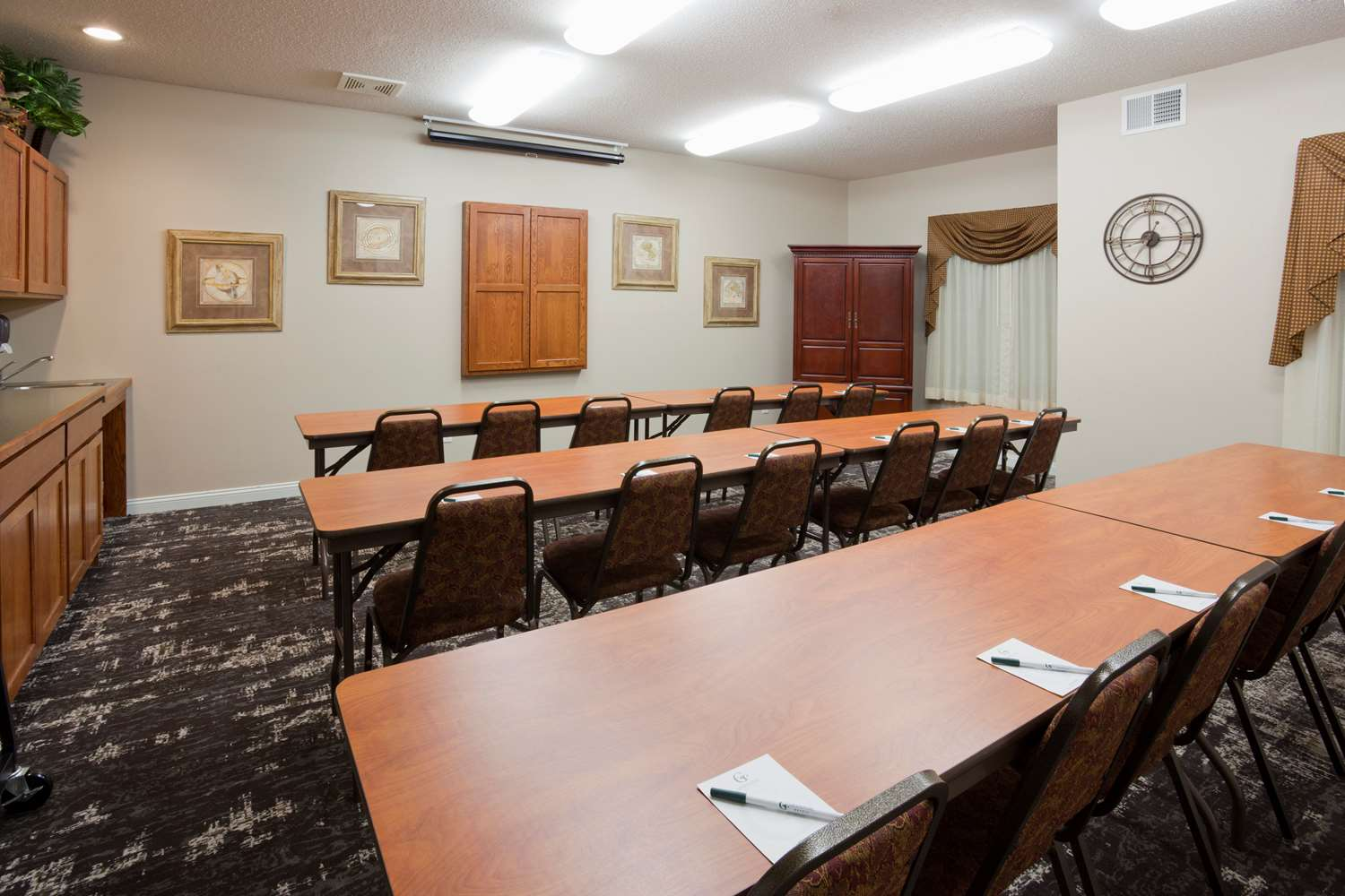 Meeting Facilities - Grandstay Residential Suites Rapid City