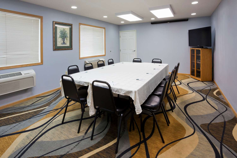 Meeting Facilities - GrandStay Hotel & Suites Waseca