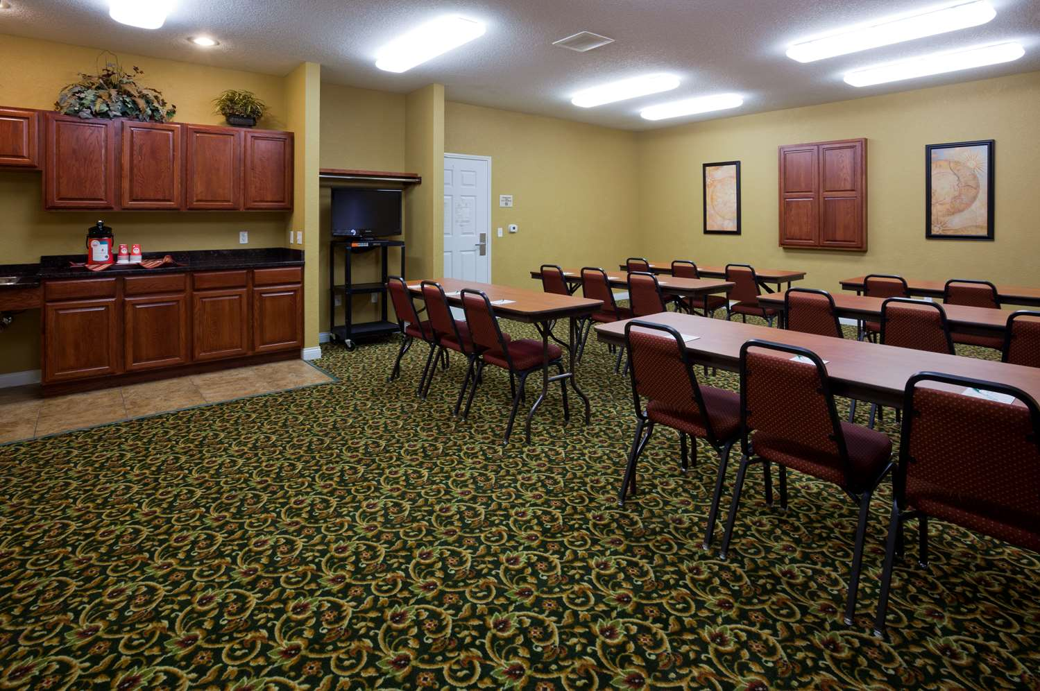 Meeting Facilities - Grandstay Residential Suites Faribault