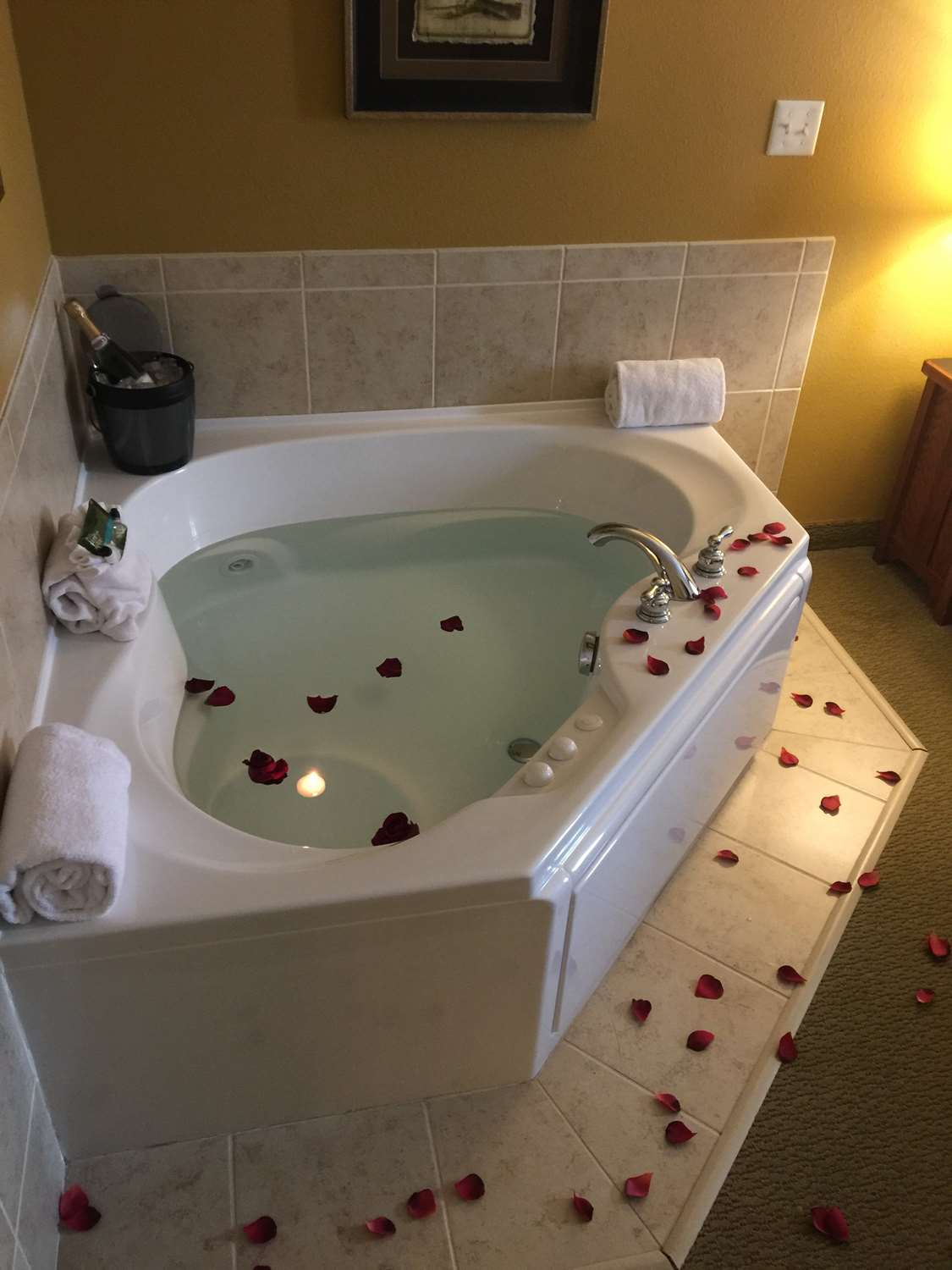 Room - Grandstay Hotel & Suites Pipestone