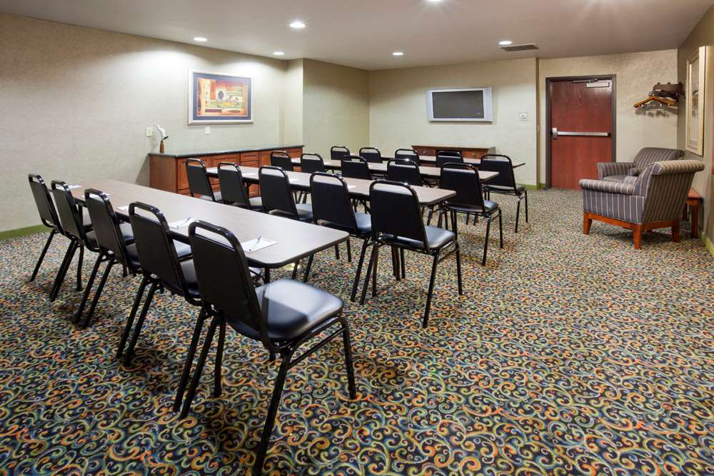 Meeting Facilities - GrandStay Hotel & Suites Becker