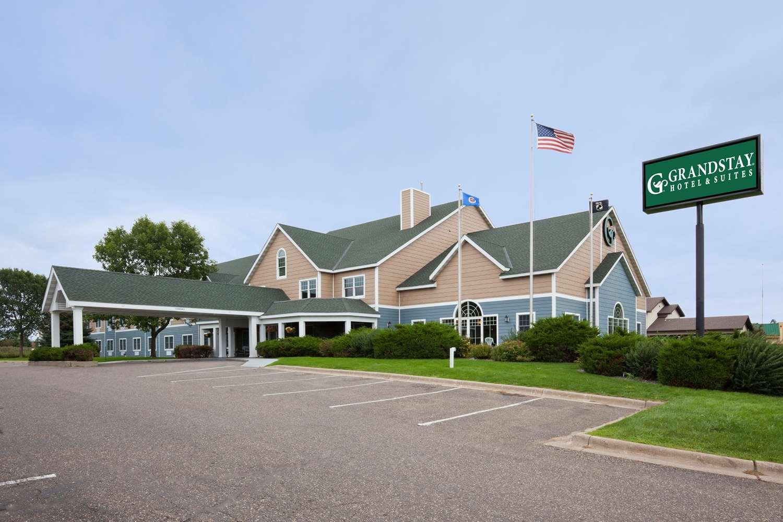 Exterior view - GrandStay Hotel & Suites Stillwater
