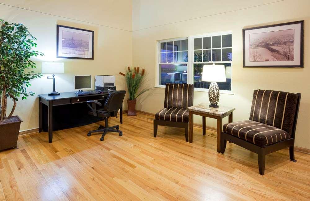 Conference Area - GrandStay Hotel & Suites Stillwater