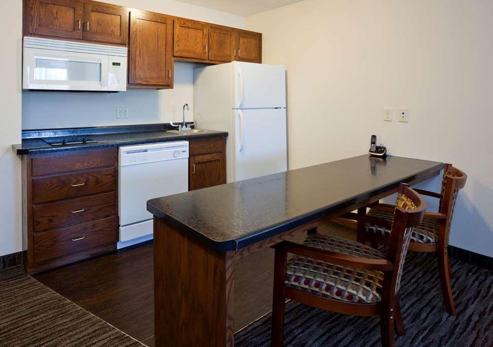 Amenities - GrandStay Hotel & Suites Parkers Prairie