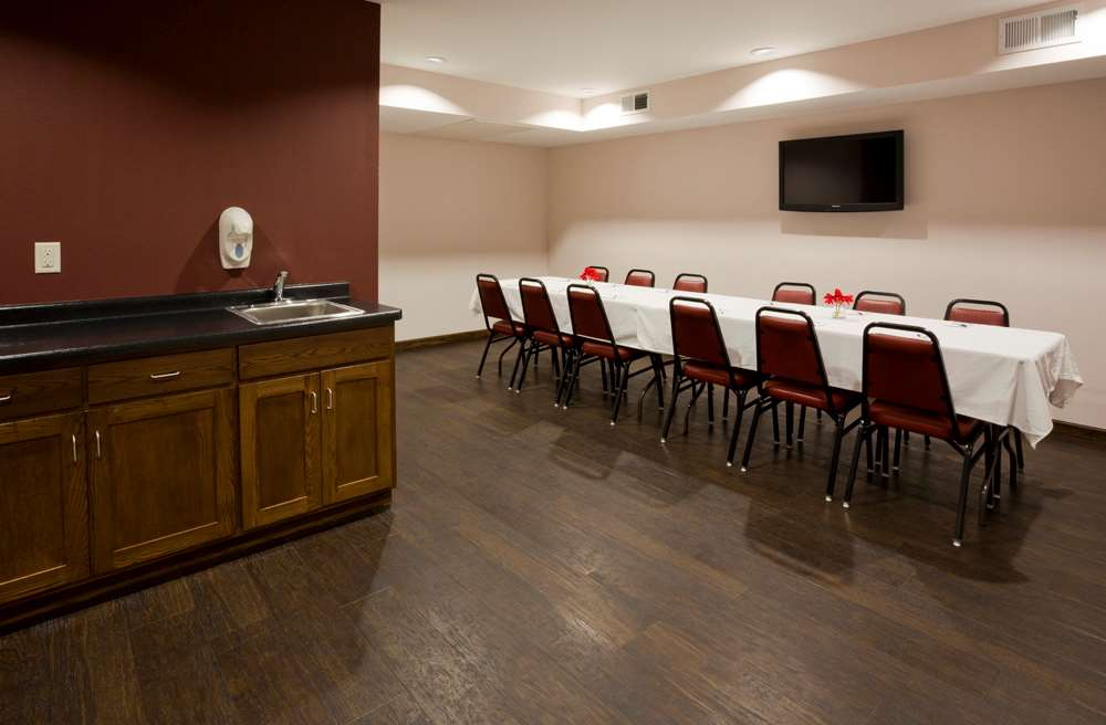 Meeting Facilities - GrandStay Hotel & Suites Parkers Prairie