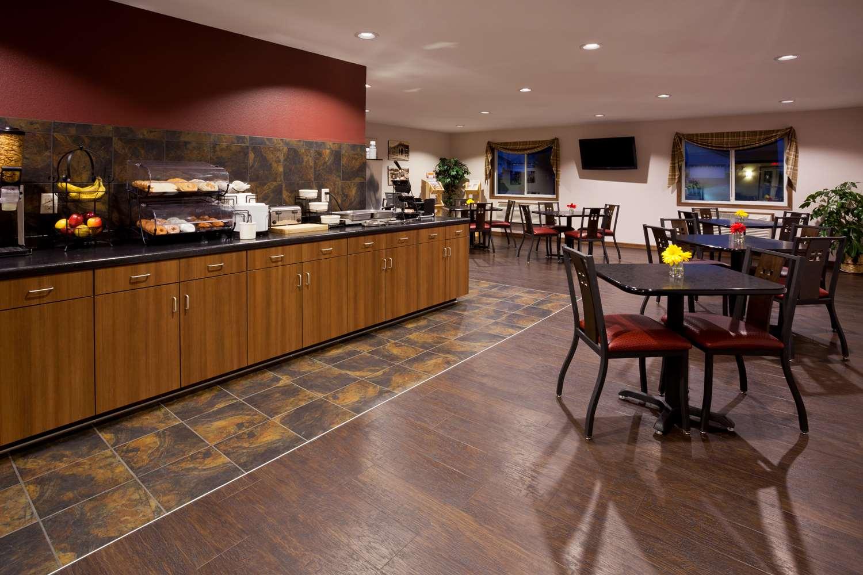 Restaurant - GrandStay Hotel & Suites Parkers Prairie