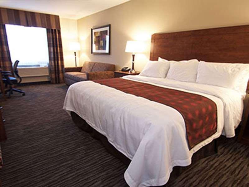 Room - GrandStay Hotel & Suites Parkers Prairie