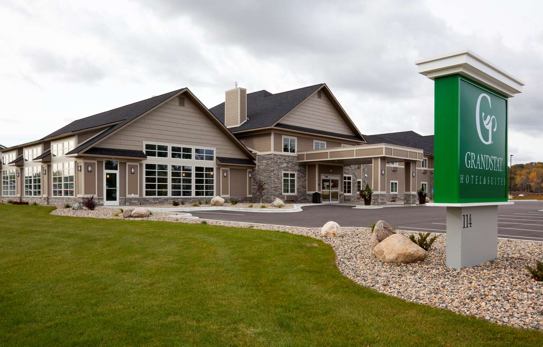 Exterior view - Grandstay Hotel Suites Glenwood