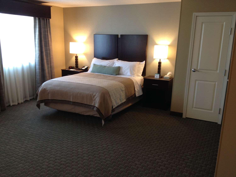 Room - Grandstay Hotel Suites Glenwood