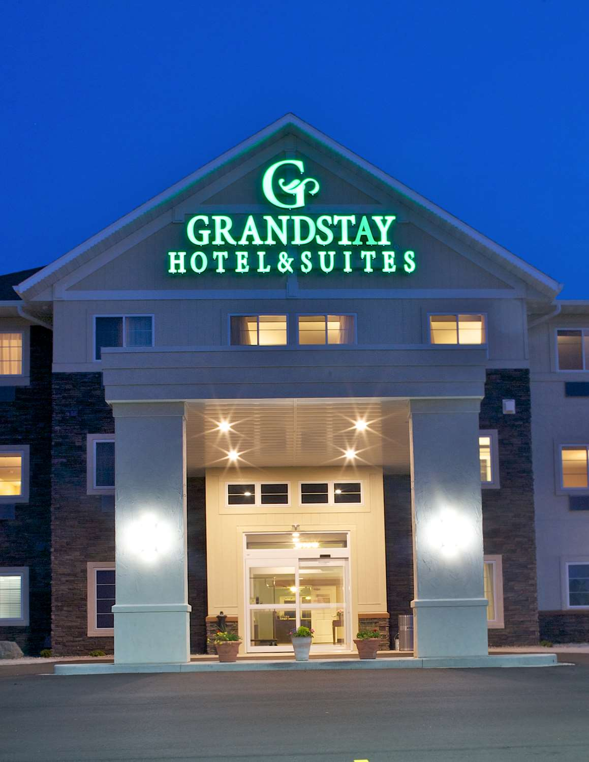 Grandstay Hotel And Suites Mo