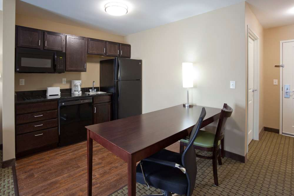 Amenities - GrandStay Hotel & Suites Thief River Falls