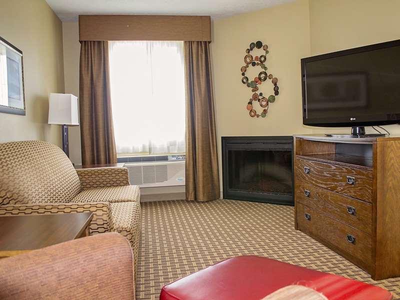 Suite - GrandStay Hotel & Suites Luverne