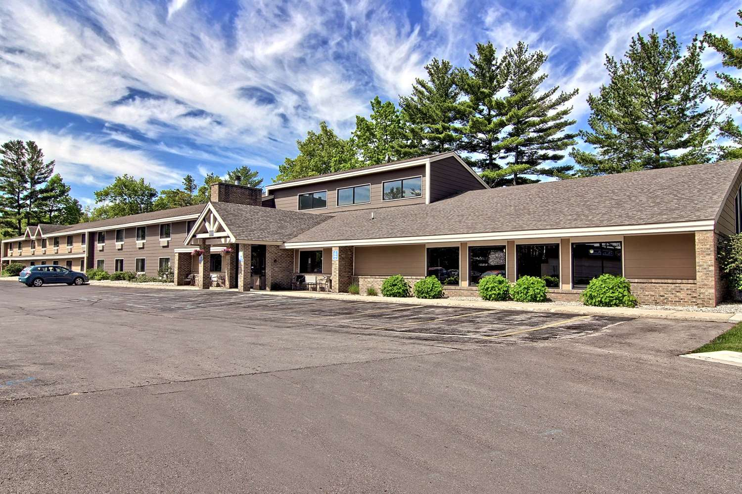 Exterior view - GrandStay Hotel & Suites Traverse City