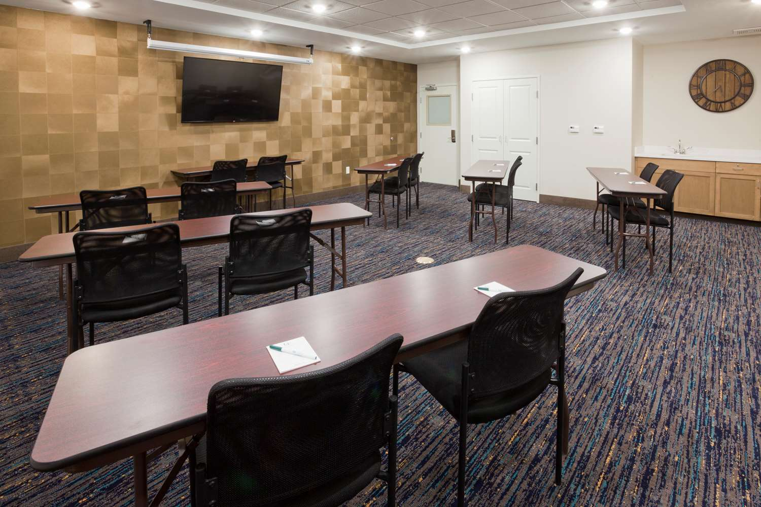 Meeting Facilities - GrandStay Hotel & Suites Cannon Falls