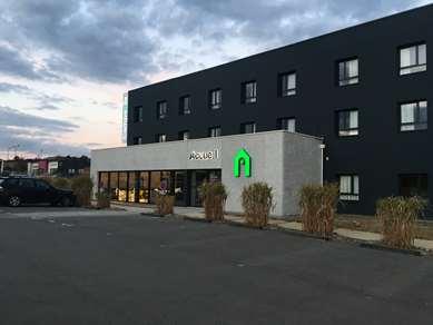 Hôtel CAMPANILE LAVAL NORD