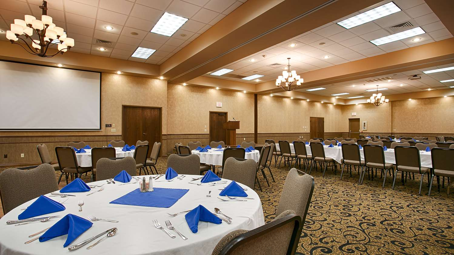Meeting Facilities - SureStay Hotel by Best Western McPherson
