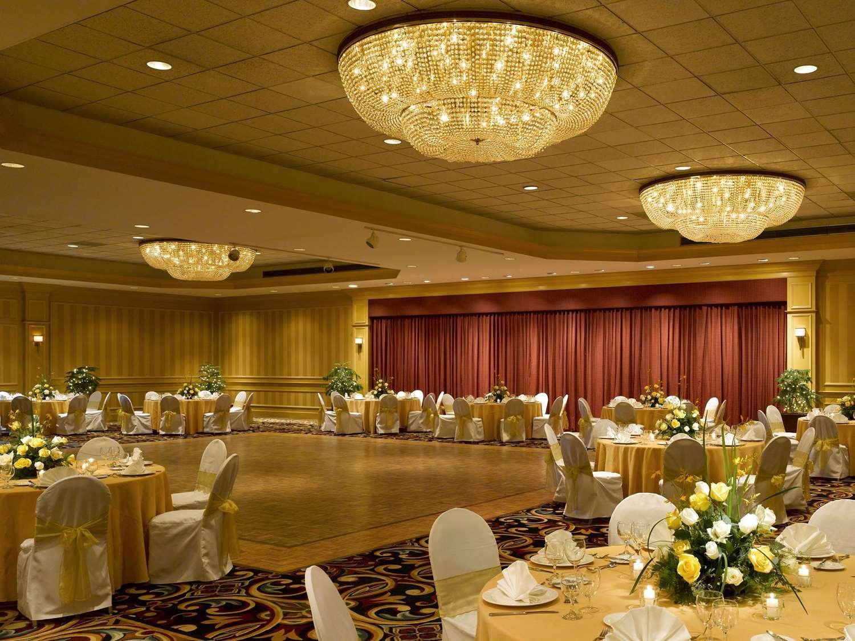 Meeting Facilities - DoubleTree by Hilton Hotel Burlington