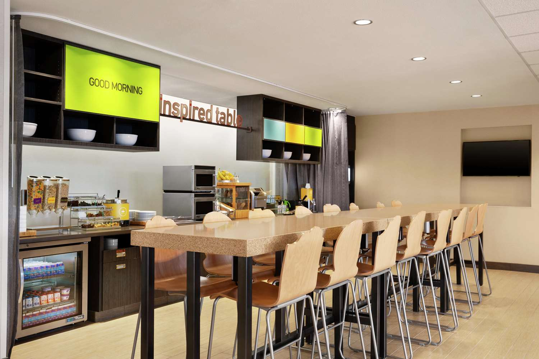 Restaurant - Home2 Suites by Hilton Elko