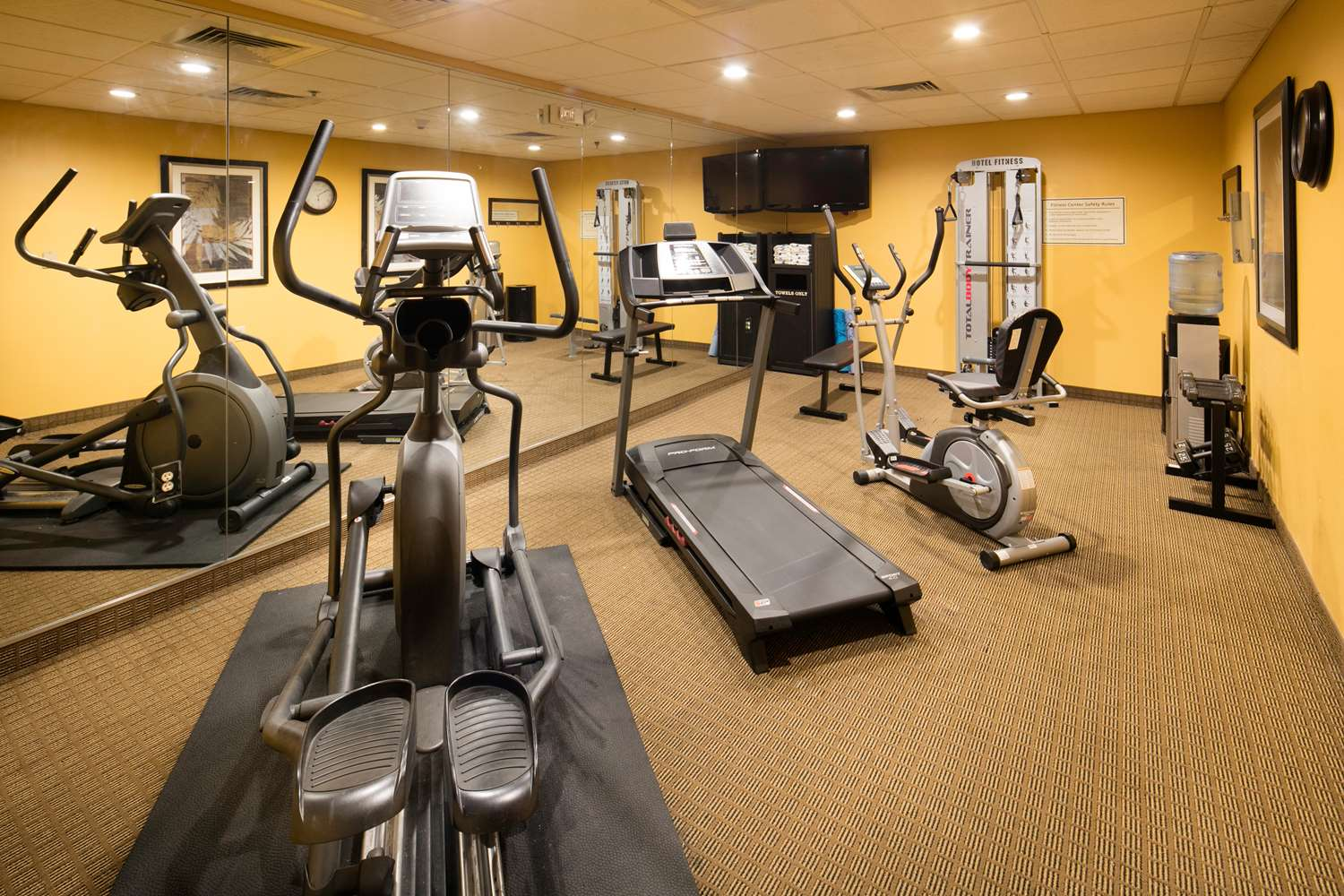 Fitness/ Exercise Room - Red Lion Inn & Suites Saraland
