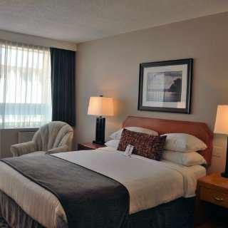 Room - Embassy Inn Victoria