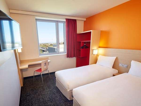 Hotel PREMIERE CLASSE CLERMONT FERRAND CENTRE - Standard Room