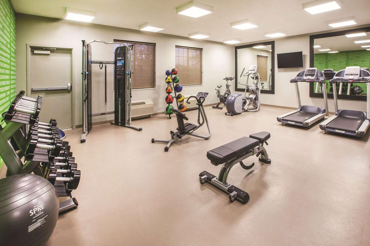 Fitness/ Exercise Room - La Quinta Inn & Suites Kokomo