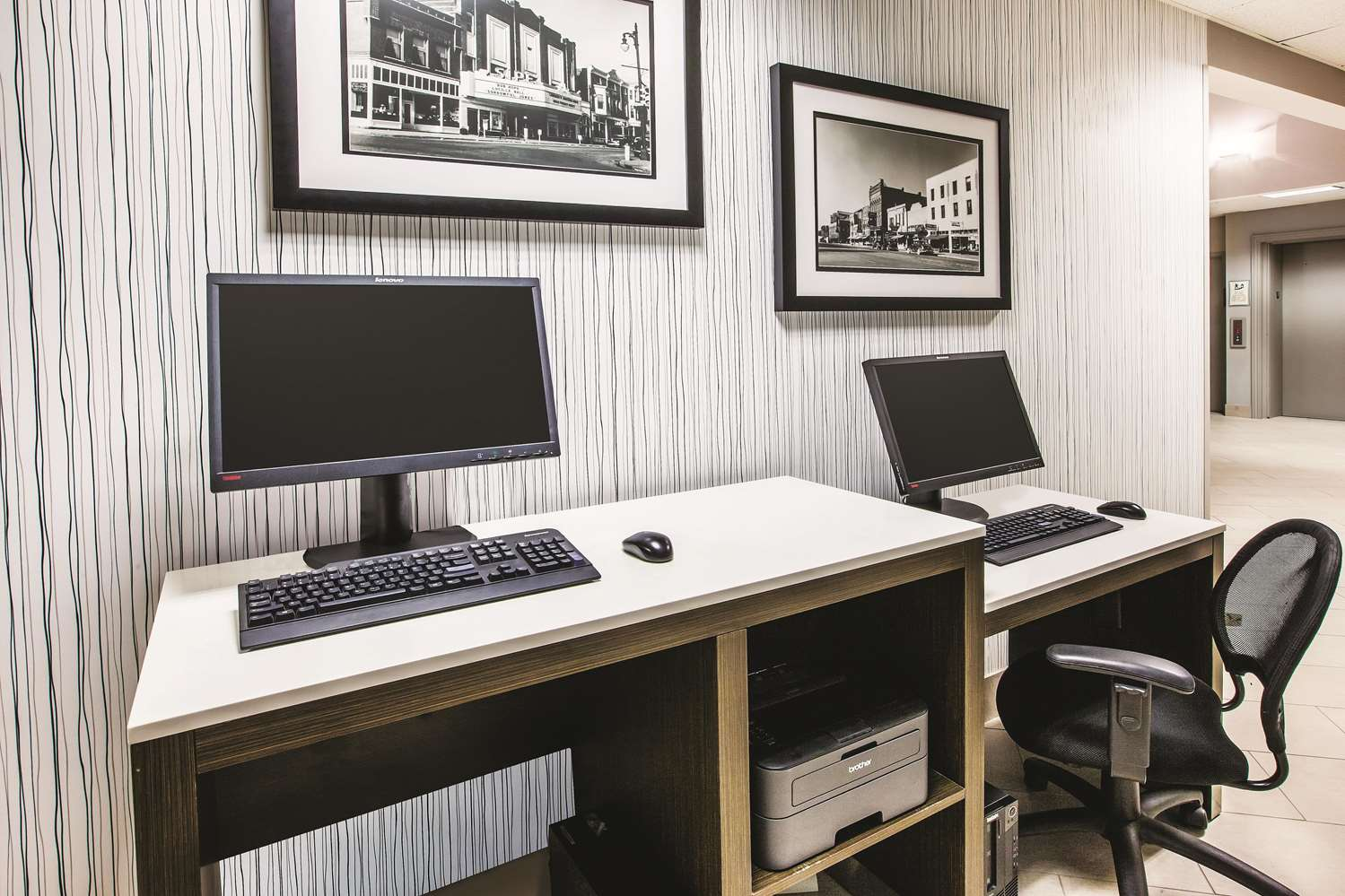 Conference Area - La Quinta Inn & Suites Kokomo