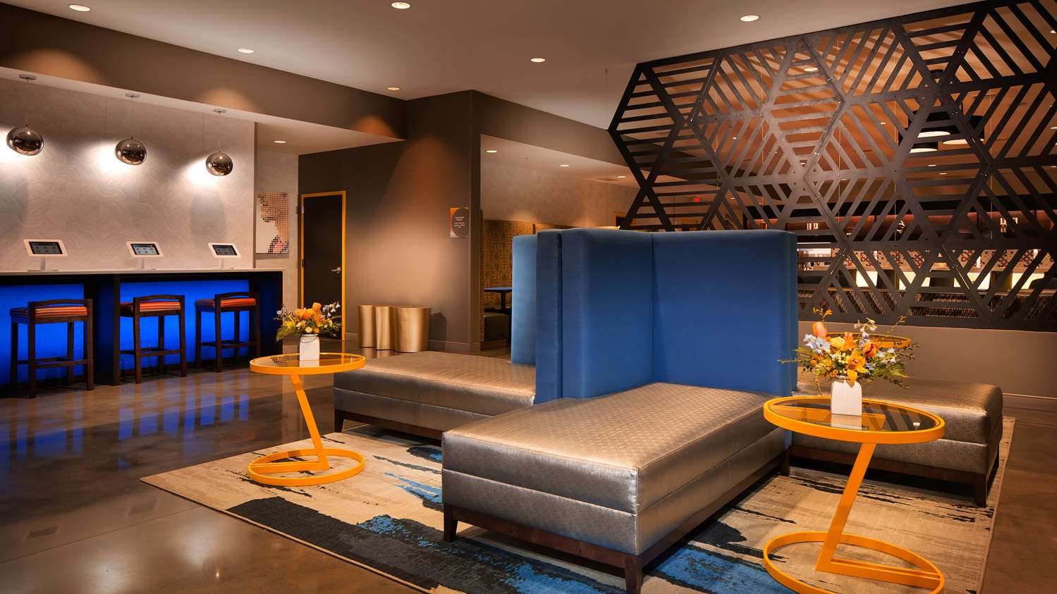 Lobby - GLo Best Western Asheville Hotel
