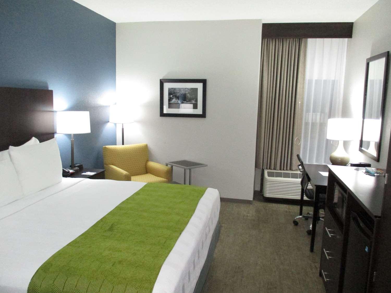 Room - Best Western Rock Hill Hotel