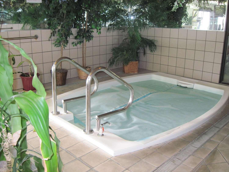 Pool - Baymont Inn & Suites Elko