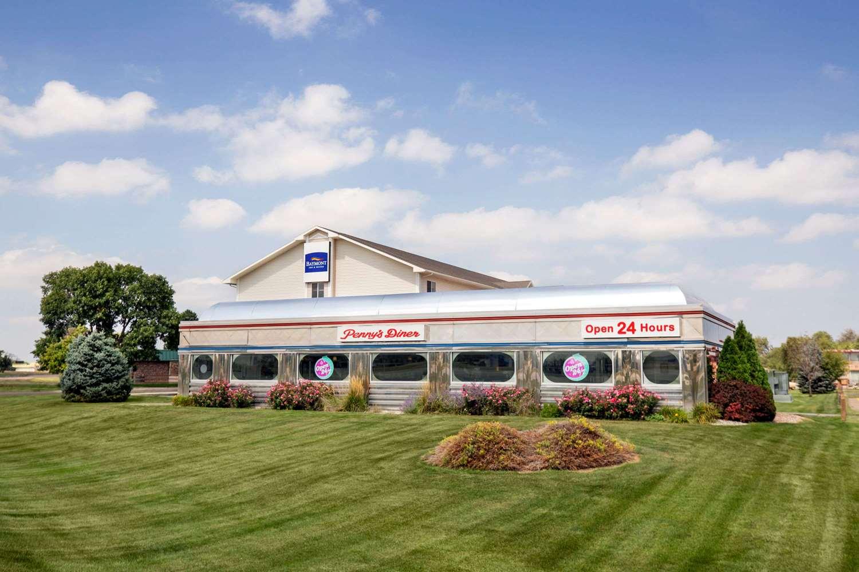 Restaurant - Baymont Inn & Suites North Platte