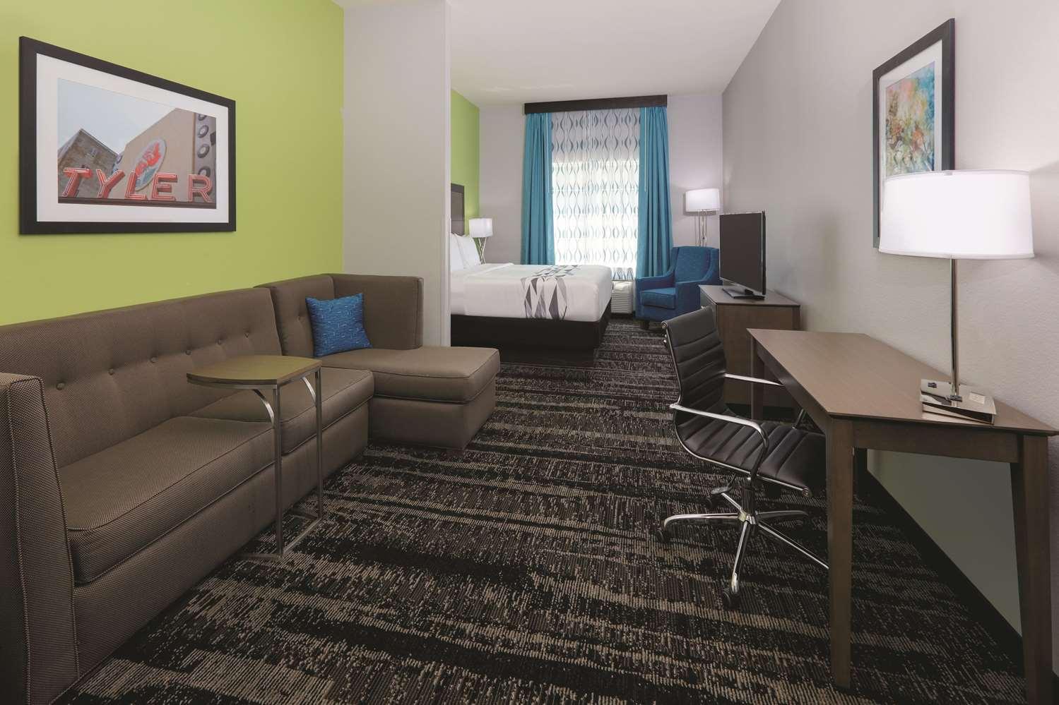 Room - La Quinta Inn & Suites South Tyler
