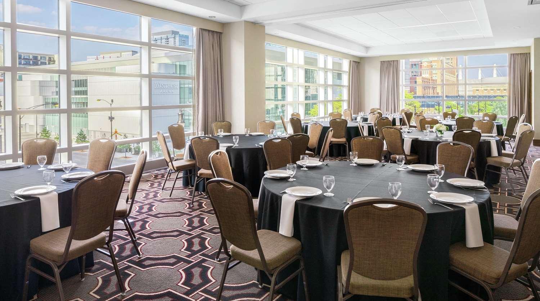Meeting Facilities - Hilton Garden Inn McCormick Place Chicago