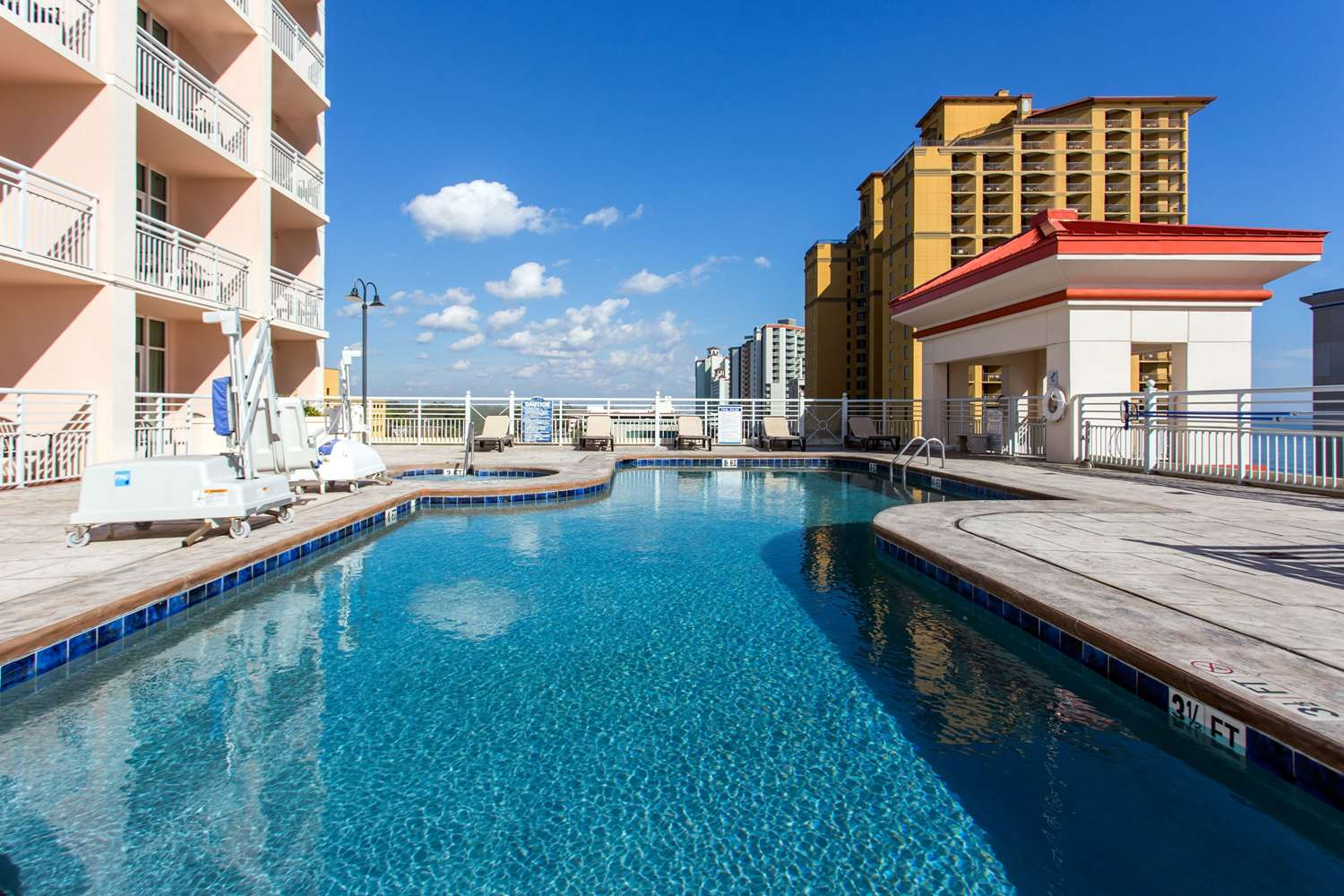 Pool - Bluegreen Vacations Carolina Grande Hotel Myrtle Beach