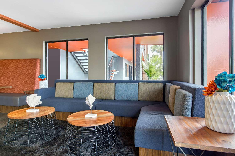 Lobby - BLVD Hotel Express Costa Mesa
