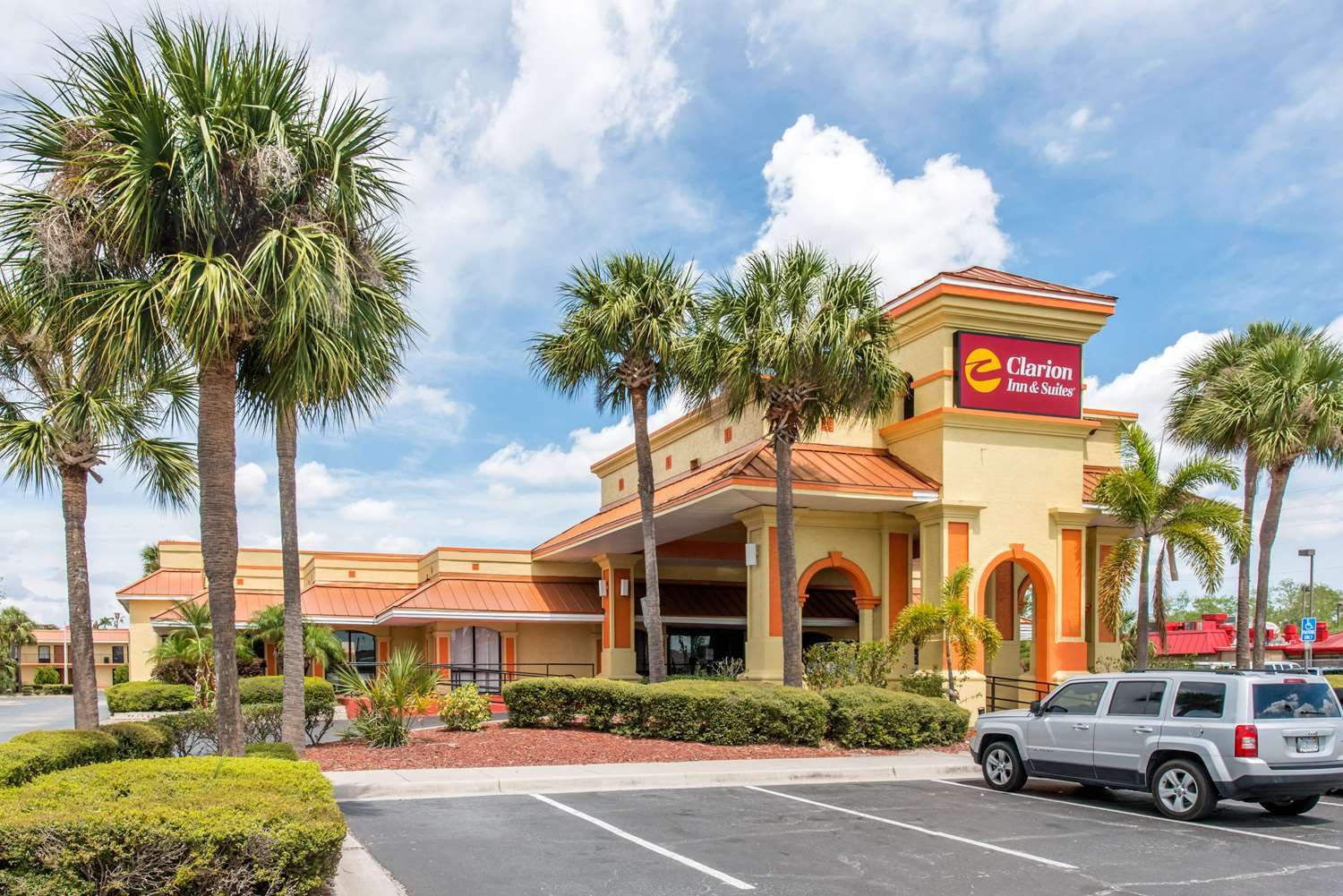 Exterior view - Clarion Inn & Suites Maingate East Kissimmee