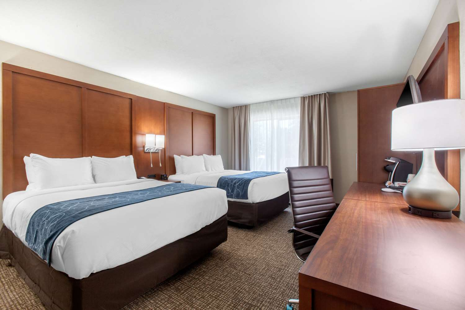 Room - Comfort Inn & Suites Lakeside
