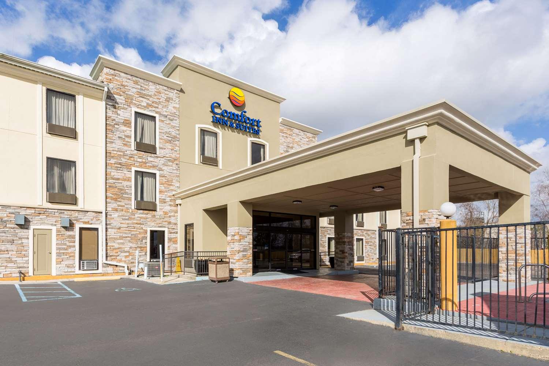Exterior view - Comfort Inn & Suites Airport Baton Rouge