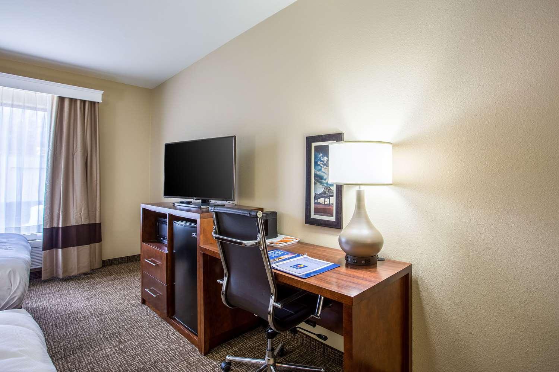 Suite - Comfort Inn & Suites Airport Baton Rouge