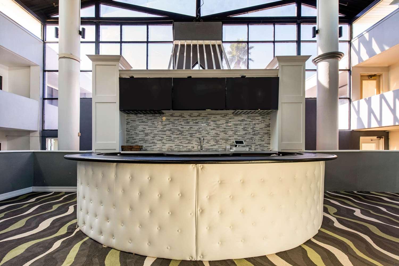 Lobby - Econo Lodge Airport Orlando
