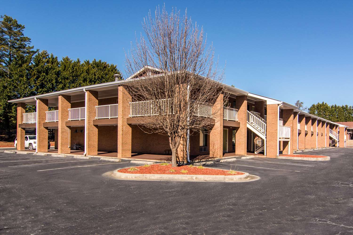 Exterior view - Quality Inn Toccoa