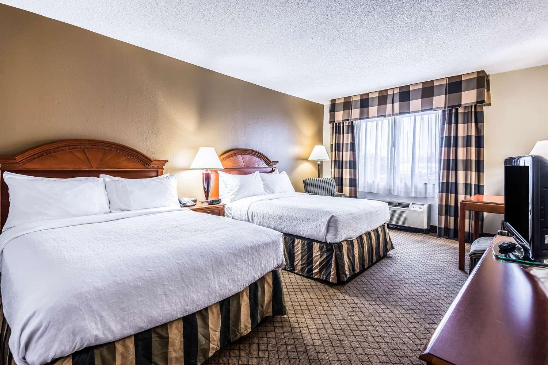 Room - Quality Inn Waterloo