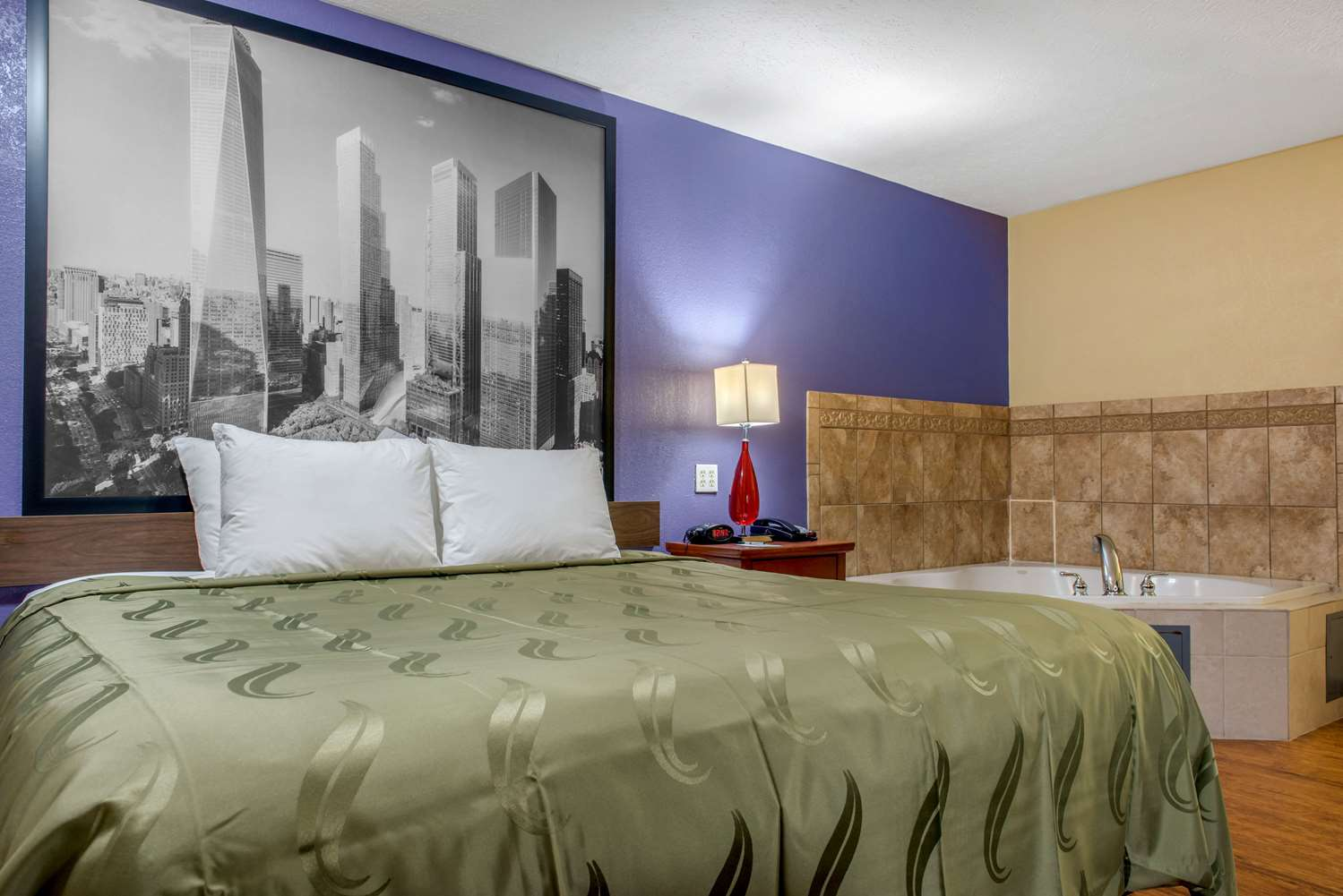 Suite - Quality Inn Reynoldsburg