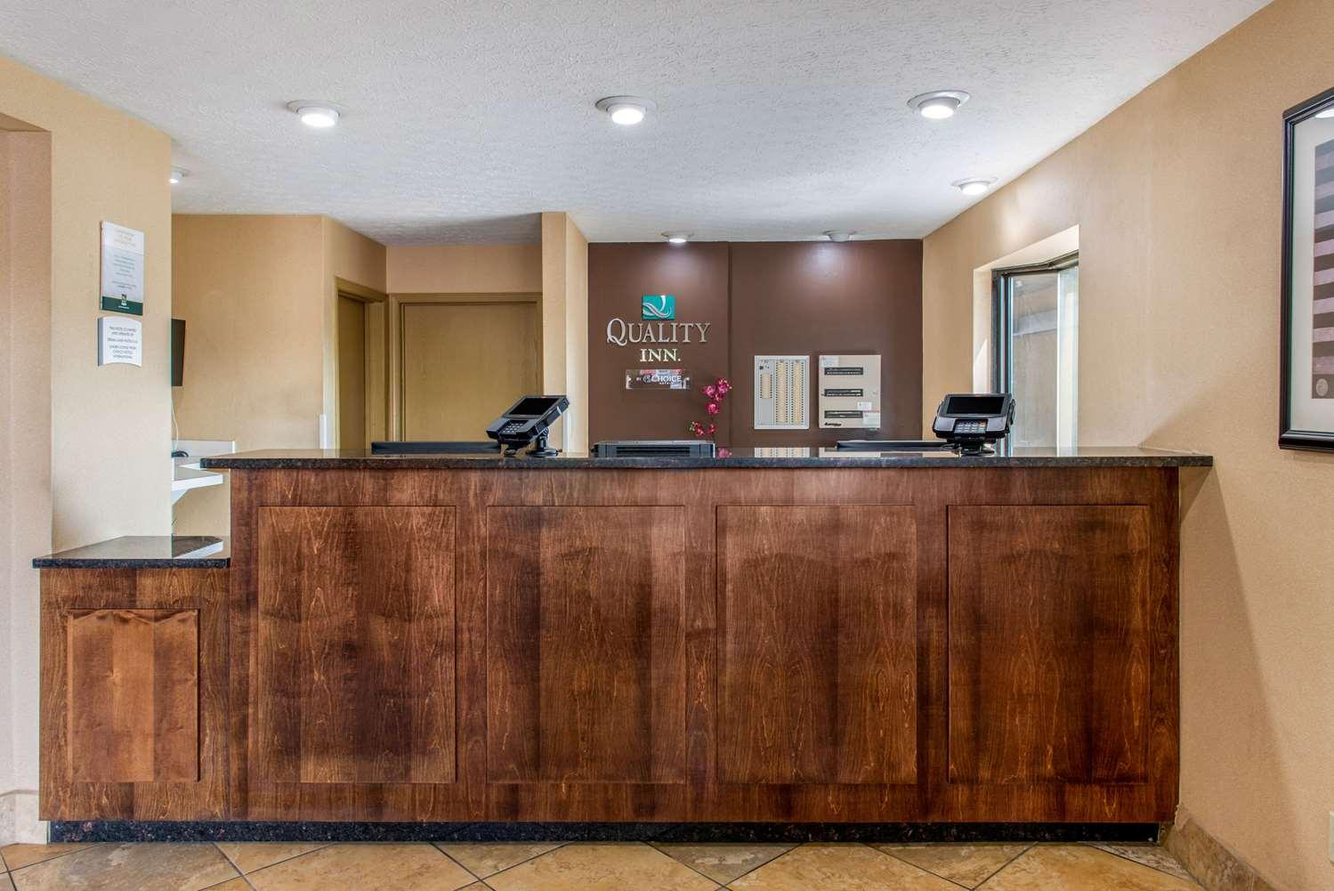 Lobby - Quality Inn Reynoldsburg