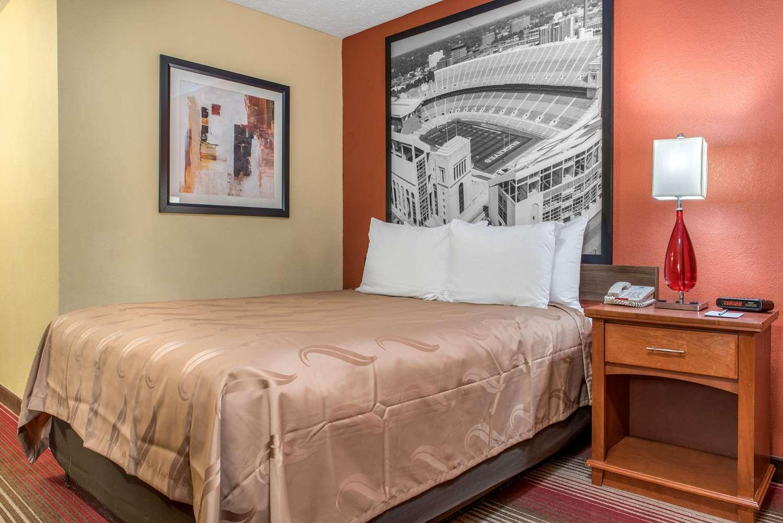Room - Quality Inn Reynoldsburg