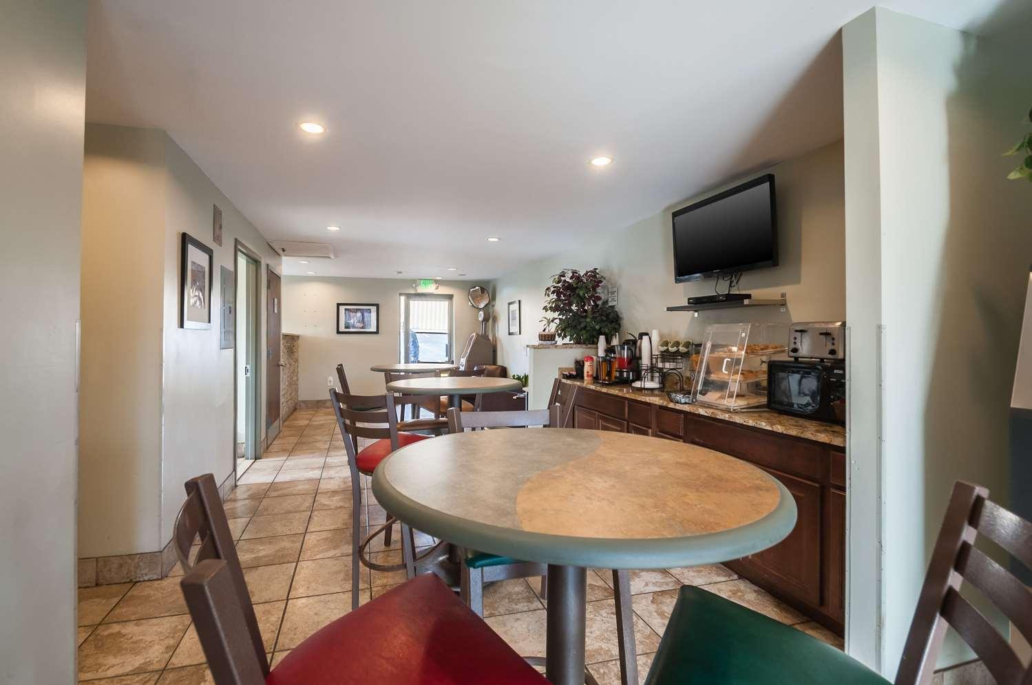 Restaurant - Rodeway Inn Elkridge