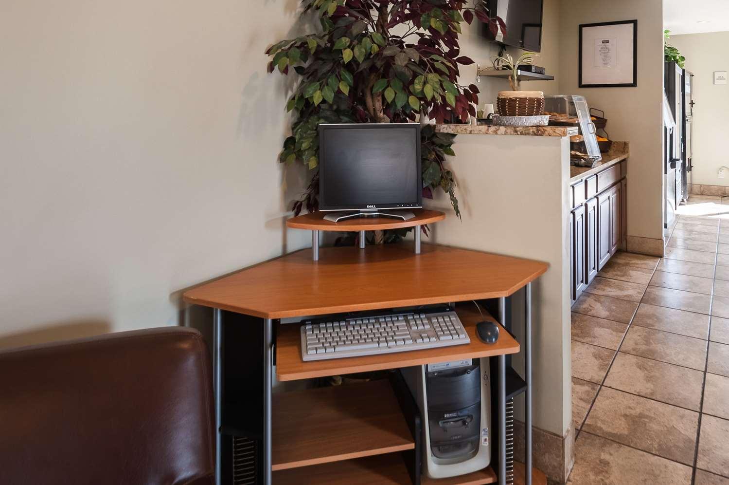 Conference Area - Rodeway Inn Elkridge