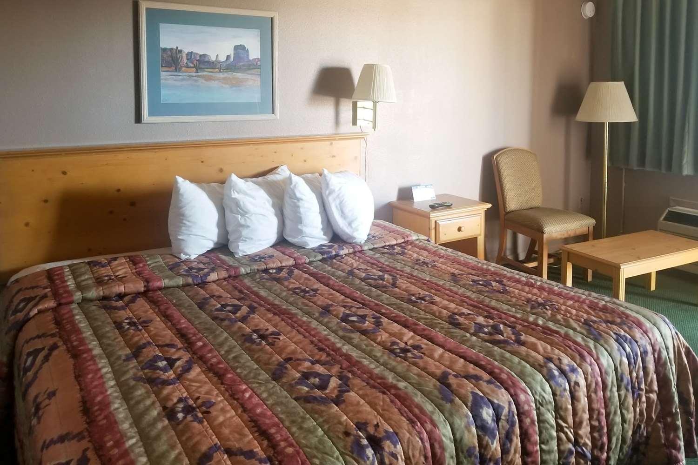Room - Rodeway Inn Alamogordo